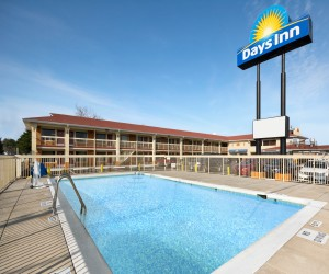 Days Inn Jacksonville NC - Enjoy our seasonal heated pool at the Jacksonville Days Inn